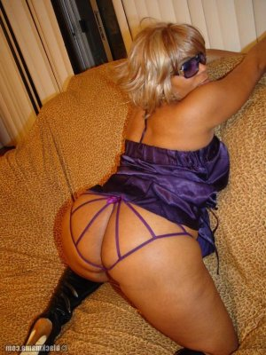 Enise escort naturelle Bordeaux